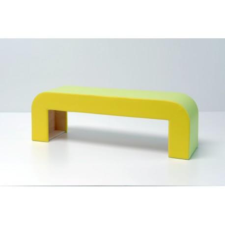 Seduta informale Alfredo in legno multistrato curvato imbottita 148 x 40 x 48 cm by TANGRAM di 2H arredi per asilo