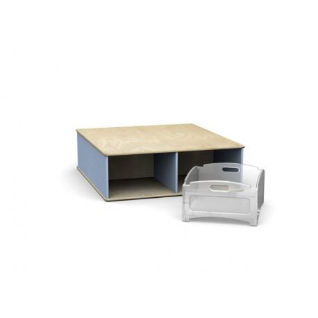 Pedana quadrata Scalino a quattro vani in legno multistrato 100 x 110 x 32 cm by TANGRAM di 2H arredi per asilo