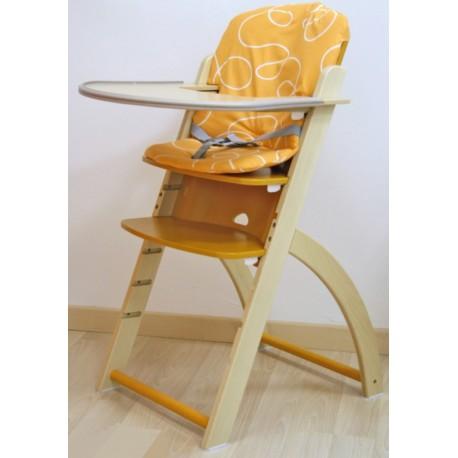 Seggiolone Move regolabile in altezza con cuscino in cotone e vassoio in legno by TANGRAM di 2H arredi per asilo